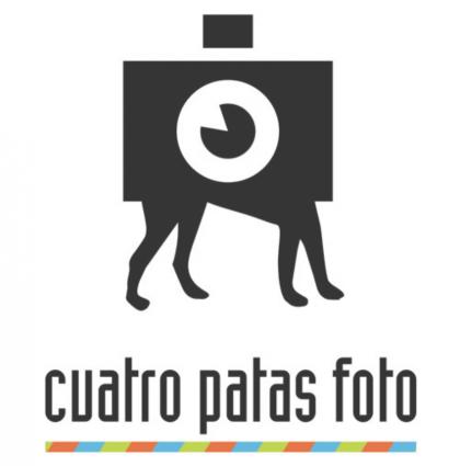 Cuatro Patas Foto Logo